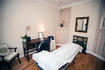 acer osteopathic clinic treatment room in chesham bucks